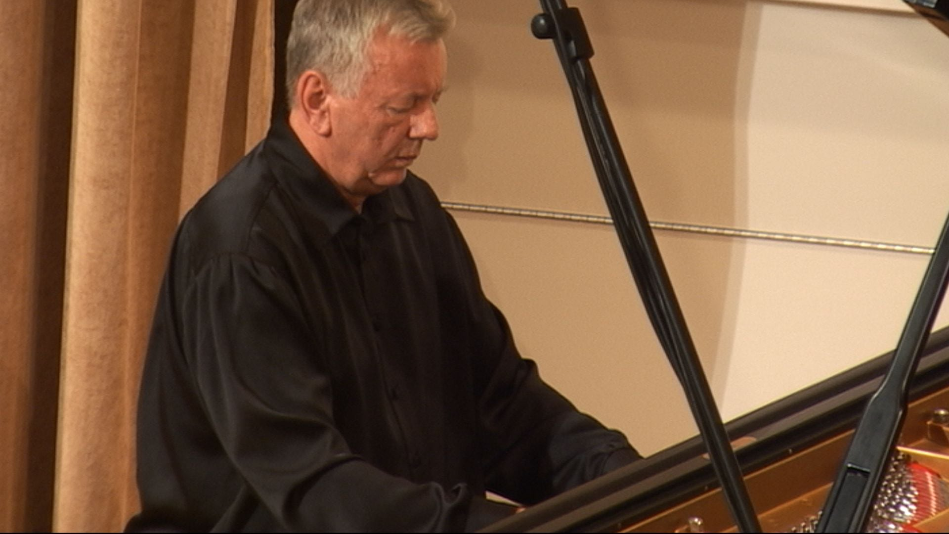 Klavírny recitál – Marian Lapšanský